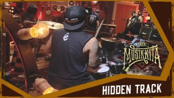 Hellcrust (Hidden Track MUSIKKITA)