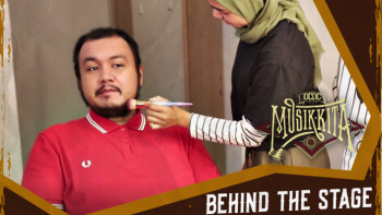 BEHIND THE STAGE: POLKA WARS X HUJAN ESOK HARI