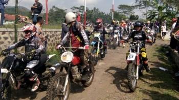 DCDC x Rebel Dirt Bike